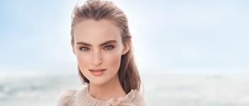 foundation-girl-model